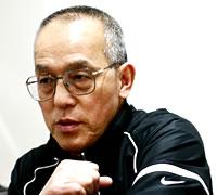トレーニングを語る藤本会長
