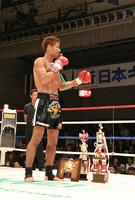 「キック界の赤いバラ」と小野寺選手を紹介する石井選手